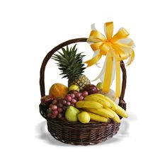 Fruits Basket, Fruits And Veggies, Fruit Gifts, Fruit Shop, Birthday Gift Baskets, Gourmet Gift Baskets, Wedding Plates, Fruit Arrangements, Gift Hampers