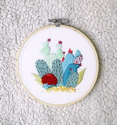 Handmade piece of contemporary embroidery. Cris Latorre.