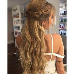 Instagram media aprigiotiago - Meio preso com trança pra top e linda…