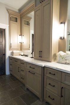 Master bathroom remodel, marble countertop   Interior design -er: Carla Aston- Photographer: Tori Aston http://ToriAston.com