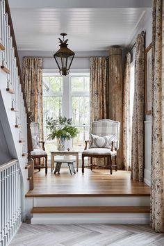 Sarah Richardson, Beautiful Houses Interior, Beautiful Homes, Chennai, Rustic Window Treatments, House Paint Interior, Farmhouse Curtains, Farmhouse Interior, French Farmhouse