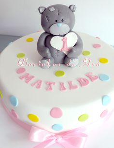 Bolo aniversário ursinho amoroso da Docinhos da Avó