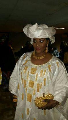 Malian Fashion bazin #Malifashion #bazin #malianwomenarebeautiful #dimancheabamako #mussoro #malianwedding #bazinriche #malianbride #lesmaliennesontbelles #lesafricainessontbelles