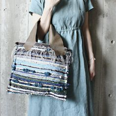 jita Card Weaving, How To Make Purses, Beautiful Bags, Fun Crafts, Shopping Bag, Purses And Bags, Tote Bag, Boho, Fabric