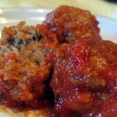 Italian Meatballs Grandma's Italian Meatballs Recipe - now officially my favorite meatball recipe.Grandma's Italian Meatballs Recipe - now officially my favorite meatball recipe. Meatball Recipes, Meat Recipes, Dinner Recipes, Cooking Recipes, Best Italian Meatball Recipe, Delicious Recipes, Pork Sausage Recipes, Oven Recipes, Beef Dishes