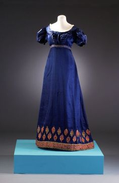 Long dark blue dress with patterned hem line (Regency/Jane Austen Fashion) Number: BATMC Material(s): silk Technique(s): woven (satin) and embroidery (chain s. 1800s Fashion, 19th Century Fashion, Fashion Mode, Vintage Fashion, Edwardian Fashion, Emo Fashion, Gothic Fashion, Jane Austen, Vintage Gowns