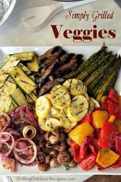 6 Easy To Grill Veggies (and The Marinades That Love Them) - Grilling Outdoor Recipes powered by Bull Outdoor Products Grilled Vegetable Platter - pin Vegetarian Recipes, Cooking Recipes, Healthy Recipes, Vegetarian Grilling, Cooking Games, Vegetarian Cookbook, Fast Recipes, Healthy Appetizers, Yummy Snacks