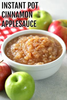 Warm and delicious, filled with the bold cinnamon and brown sugar flavors, this Instant Pot easy cinnamon applesauce is sure to be a recipe made over and over again! Instapot Applesauce, Cinnamon Applesauce Recipe, Best Side Dishes, Side Dish Recipes, Healthy Eating Recipes, Healthy Snacks, Planning Budget, Menu Planning, Fast Easy Meals