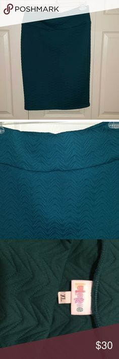 NWOT gorgeous teal Lularoe Cassie skirt XL Gorgeous teal blue skirt with textured fabric. Super flattering pencil skirt style. Removed tags, but never worn. soft, comfy, and classy! LuLaRoe Skirts Pencil