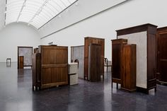 Doris Salcedo, Whose Art Honors Lives Lost, Gets a Retrospective in Chicago - The New York Times