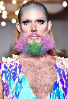 See these bizarre looks spotted at London Fashion Week (photos) Digital Photography, Amazing Photography, Ghetto People, Mode Pop, Philosophers Stone, Rule Of Thirds, Funny Pictures, Funny Pics, Hilarious
