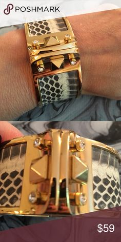 NWT Stella& Dot Bello Bangle Genuine leather set in metal with gold plating with Czech crystal  and pyramid studs unite harmoniously in this luxe bangle. Magnet closure. Fits small to medium size wrists. In pristine never used condition and with original box. Stella & Dot Jewelry Bracelets