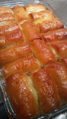 Υπέροχα καταπληκτικά ατομικά γαλακτομπουρεκάκια Cake Mix Cookie Recipes, Cake Mix Cookies, No Bake Cookies, Dessert Recipes, Desserts, Greek Sweets, Food Gallery, Greek Cooking, Pavlova