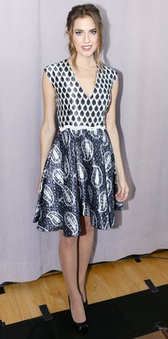 Look of the Day - October 31, 2014 - Allison Williams in Giambattista Valli from #InStyle