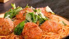 Canal Vie est la référence télé et web pour toutes les sphères de votre vie : décoration, rénovation, projets brico, santé, bien-être, couple, famille, etc. Laissez-nous accompagner votre quotidien! Linguine, Sauce Tomate, Spaghetti Sauce, Italian Recipes, Rice, Cooking Recipes, Pasta, Meals, Chicken