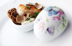 The official porcelain purveyor to the Danish court brings spring into the home with a new Easter egg collection