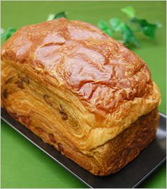 デニッシュ食パンといえばミヤビパン - デニッシュ食パン 抹茶大納言
