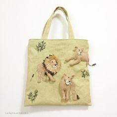 "Lion felt applique and embroidery by e.no.bag ""ライオン ノ バッグ "" #lion #animal #applique #felt #embroidery"