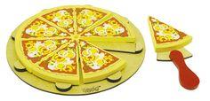 Pizza da Coleção Comidinhas, contém 8 fatias, 1 espátula e 1 base, em madeira ecológicamente correta, estimula de forma lúdica a imaginação e socialização.