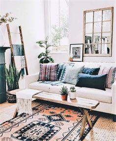 Boho, Bohemian home. Living Room Decor – The Latest in Bohemian Fashion! This l … - Boho Living Room Decor Living Room Inspiration, Home Decor Inspiration, Decor Ideas, Decorating Ideas, Gypsy Decorating, Decorating Websites, Design Inspiration, Boho Chic Living Room, Living Room With Beige Couch