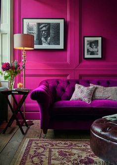 Monochromatic Spaces can make a single color scheme into a sophisticated bold aesthetic, like this fuchsia masterpiece. Here's a rainbow of monochrome rooms - from modern to classic to boho - to help inspire your living room, bedroom, & other design ideas. Red, pink, orange, yellow, green, blue, purple, violet, indigo, magenta. . . we've covered the full spectrum! Click for our favorite single color scheme spaces. #monochromaticdesign #monochromaticrooms #monochromedesign #monochromerooms Living Room Colors, Living Room Designs, Living Room Decor, Living Spaces, Estilo Kitsch, Color Magenta, Colour, Murs Roses, Monochromatic Room