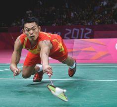 Lin Dan Beats Lee Chong Wei in Men's Olympic Badminton Final - NYTimes.com