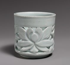 Brush holder, Joseon dynasty (1392–1910), late 18th–19th century  Korea  Porcelain with openwork design of lotus flowers