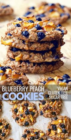 Blueberry Peach Oatmeal Cookies are full of juicy fruits and maple flavor, with a crispy crust and chewy inside. There is no refined sugar, no white flour, no butter and no eggs. Vegan Gluten Free Cookies, Gluten Free Oatmeal, Gluten Free Desserts, Dairy Free Recipes, Blueberry Oatmeal Cookies, Healthy Oatmeal Cookies, Blueberry Desserts, Sin Gluten, Peach Oatmeal