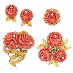 angel skin coral necklace - Hledat Googlem Coral jewelry @ Doyle New York