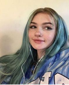 Short Dyed Hair, Dyed Hair Ombre, Dyed Hair Purple, Dyed Hair Pastel, Dye My Hair, Blue Hair, New Hair, Peinados Pin Up, Aesthetic Hair