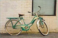 Vintage velo #green #bicycle