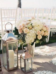 lanterns beach wedding decor - Deer Pearl Flowers