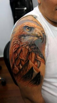 Realistic full colors Eagle tattoo art by Kobay Tattoo Bald Eagle Tattoos, Eagle Head Tattoo, Bild Tattoos, Body Art Tattoos, Sleeve Tattoos, Falke Tattoo, Armor Tattoo, Realism Tattoo, Tattoos Gallery