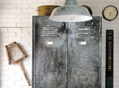 The story and the main ideas of Industrial style in interior design. Check out our great tips on how to create great industrial-styled room in your condo. Industrial Chic, Industrial Lockers, French Industrial, Industrial Interior Design, Industrial Living, Industrial Interiors, Industrial Furniture, Metal Lockers, Industrial Lamps