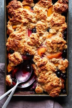 """Vegan Blueberry Peach Cobbler Recipe from Eating Vegan by Dianne Wenz - the recipe is dairy-free, egg-free, nut-free, soy-free, and completely """"butterless!"""" Can be baked with frozen fruit. Vegan Gluten Free Desserts, Dairy Free Recipes, Vegan Recipes, Blueberry Cobbler, Vegan Blueberry, Plant Based Cookbook, Pear Crisp, Cookbooks For Beginners, Cobbler Recipe"""