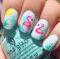 Flamingo mani