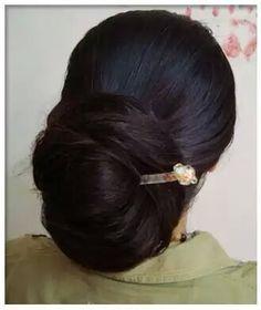 ♡ Burnt Hair, Big Bun, Bun Hairstyles For Long Hair, Hair Buns, Amazing Hair, Hair Designs, Updo, Bridal Hair, Exotic
