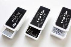 100円ショップの白いサプリケースで小物収納 +白と黒のゼムクリップ