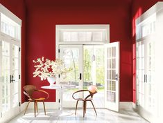 Color Trends - Caliente Experience Caliente Benjamin Moore's Color of the Year and the Color Trends 2018 palette. Via Caliente Benjamin Moore's Color of the Year and the Color Trends 2018 palette. Colores Benjamin Moore, Benjamin Moore Paint, Benjamin Moore Colors, Red Interiors, Colorful Interiors, Color Trends 2018, 2018 Color, Trending Paint Colors, Dining Room Colors