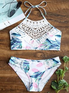 Lace Appliques Leaves Print Bikini Set Cheap Fashion online retailer providing customers trendy and stylish clothing including different categories such as dresses, tops, swimwear. Bathing Suits For Teens, Summer Bathing Suits, Cute Bathing Suits, Women Bathing Suits, Bikini Modells, Bikini Sets, Crop Top Bikini, Sexy Bikini, Lace Bikini