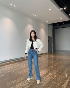 Korean Fashion School, Korean Girl Fashion, Korean Fashion Trends, Blackpink Fashion, Korean Street Fashion, Summer Fashion Outfits, Korea Fashion, Asian Fashion, Casual Street Style