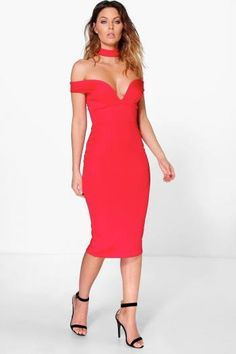 Boohoo - Sweetheart Off The Shoulder Midi Dress red - https://clickmylook.com/product/sweetheart-off-the-shoulder-midi-dress-red/2091183