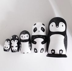 62 New Ideas For Painting Wood Toys Wooden Pegs Wooden Pegs, Wooden Dolls, Wooden Diy, Doll Painting, Painting On Wood, Doll Crafts, Diy Doll, Making Wooden Toys, Matryoshka Doll