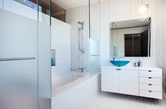 bathroom in an Upper West Side Penthouse // Turett Collaborative Architects (TCA)