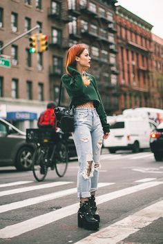 Every day casual. Tokyo Street Fashion, Fashion 90s, Indie Fashion, Grunge Fashion, Fashion Outfits, Grunge Outfits, Edgy Outfits, Outfits For Teens, Cool Outfits