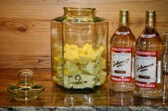 How to make pineapple infused vodka - Consumatorium
