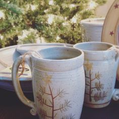 Mugs with this design make your coffee, hot chocolate & tea a little sweeter! Primitive Christmas, Mug Shots, Twinkle Twinkle, Hot Chocolate, Dinnerware, Stoneware, Pine, Artisan, Pottery