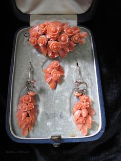 """Victorian Carved Coral Pendant/Brooch & Earrings In Flower And Leaves Motif, Mounted In 14k Gold - Stamped """"T. Steele & Son, Hartford, Conn.""""  In Original Box    c. Mid 19th Century"""