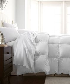 Another great find on #zulily! White Hotel 5th™ Down-Alternative Comforter #zulilyfinds