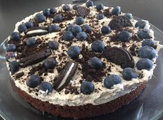 Oreo cheese chocolatecake With blueberries Tiramisu, Oreo, Acai Bowl, Blueberry, Cheese, Baking, Breakfast, Cake, Ethnic Recipes